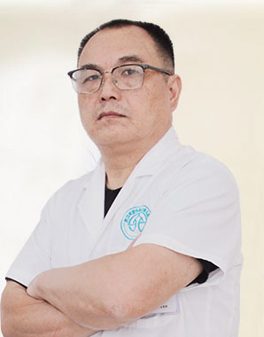 武汉环亚白癜风医院专家陈革修